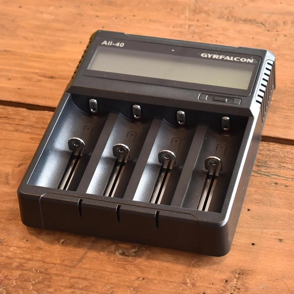 Gyrfalcon All-40 4 Bay USB Battery Charger
