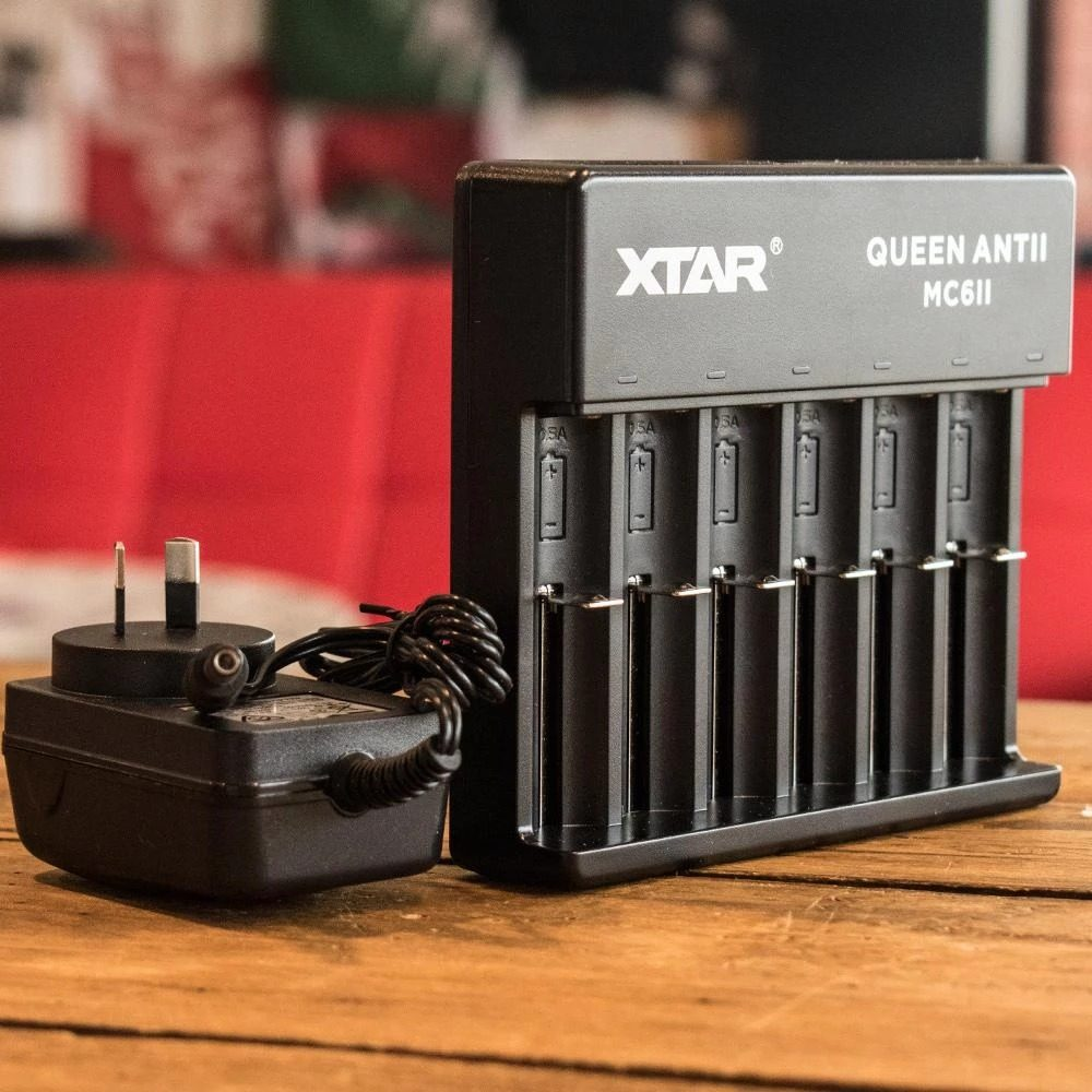 XTAR MC6II Queen Ant Charger
